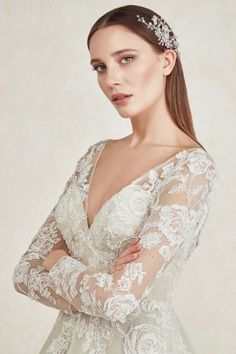 Oleg Cassini's 2020 bridal & wedding dress collection is ready for you. Discover your dream gown online, or make an appointment. Bridal Wedding Dresses, Dream Wedding Dresses, Bridesmaid Dresses, Lovely Dresses, The Dress, Wedding Styles, Wedding Ideas, Marie, Evening Dresses