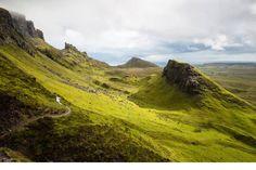 Suivez notre itinéraire sur quatre jours et découvrez l'île de Skye, Fort William, Oban et bien plus avec les transports publics.