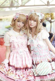 ✿✿✿ One of our most popular Lolita dresses: Infanta™ Cream Cat Lolita Dress (✿IN STOCK✿)