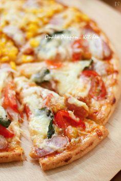 簡単ピザ生地♪ by れっさーぱんだ | レシピサイト「Nadia | ナディア」プロの料理を無料で検索 Hawaiian Pizza, Japanese Food, Vegetable Pizza, Food And Drink, Tasty, Sweets, Bread, Snacks, Baking