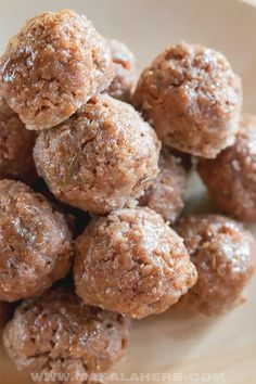 How to make Meatballs - The BEST Meatball Recipe. Homemade prepared from scratch, you can make your own meatballs easily and quickly at home. Watch my how-to video. prepared with 2 kinds of minced meat and lightly seasoned to perfection, the basic meatball mass recipe makes a great family recipe or use it to make appetizer! www.MasalaHerb.com #meatballs #howto