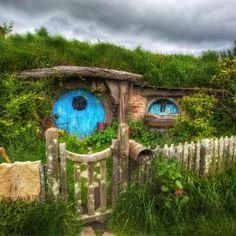 Hobbit Hole Pixdaus