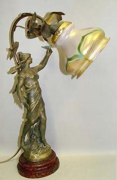 Quezal Pulled Feather Fairy Figural Boudoir Lamp The Messenger French Art Nouvou Messagere August Moreau Mermaid Lamp, Antique Lighting, Antique Lamps, Vintage Lamps, Art Nouveau Furniture, Victorian Art, Victorian Lamps, I Love Lamp, Beautiful Fairies