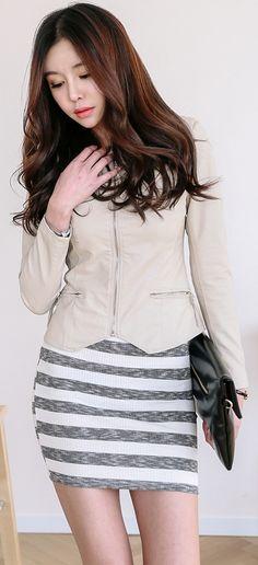 Korea Fashion, Asian Fashion, Fashion Beauty, Girl Fashion, Fashion Looks, Womens Fashion, Beautiful Women Pictures, Beautiful Asian Girls, Korean Women