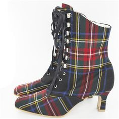 A Highland fashion Fling with hidden tartan elements like these lace up boots Tartan Shoes, Tartan Kilt, Tweed, Tartan Fashion, Burberry, Scottish Tartans, Lace Up Boots, Wedding Shoes, Models
