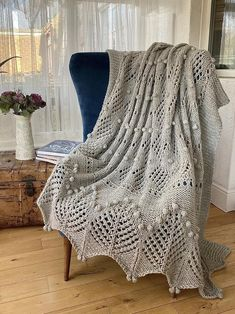 PDF knitting pattern.Hand knitted chunky lace | Etsy Knitted Afghans, Knitted Throws, Chunky Blanket, Wool Blanket, Lace Knitting, Knitting Patterns, Chunky Wool, Tree Patterns, Yarn Brands