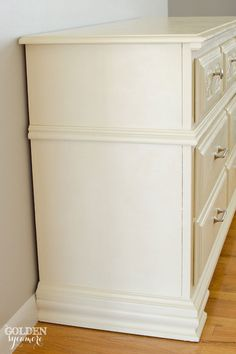 How to Give Old Furniture a Modern Look with Chalk Paint® - The Golden Sycamore