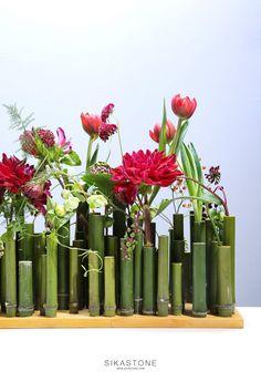 Modern Floral Arrangements, Ikebana Arrangements, Flower Arrangements, Deco Floral, Arte Floral, Floral Design, Flower Names, Flower Art, Banquet Centerpieces