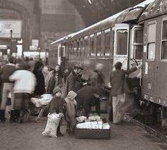 Treno Freccia del Sud Partenza per la Sicilia by Ferrovie dello Stato, via Flickr