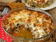 Macar Kebabı Nasıl Yapılır? Salad Dishes, Salad Menu, Crab Stuffed Avocado, Light Summer Dinners, Cottage Cheese Salad, Roasted Meat, Dinner Salads, Iftar, Easy Salads