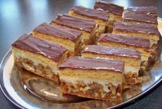 Picture of Recept - Ořechovo - medové řezy od Jarušky Czech Recipes, Russian Recipes, Ethnic Recipes, Sweets Cake, Christmas Sweets, Confectionery, Nutella, Sweet Recipes, Sweet Tooth