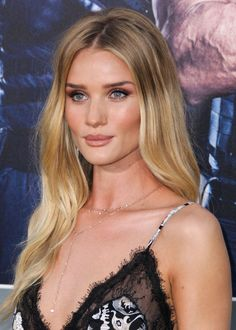 Rosie Huntington-Whiteley in Emilio Pucci; Makeup by Lisa Storey – 'The Expendables 3′ LA Premiere