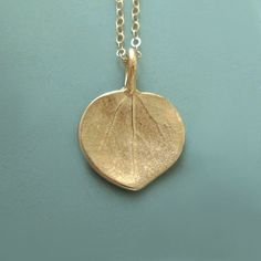 Hydrangea Flower Necklace in 14k Yellow Gold