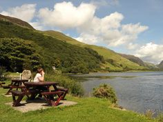 Article and photographs about Talyllyn Lake and Steam Railway.