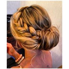 Perfect Side Braid Bun ❤ liked on Polyvore featuring beauty products, haircare, hair styling tools, hair, hairstyles, hair styles, cabelos, beauty and jennifer lopez