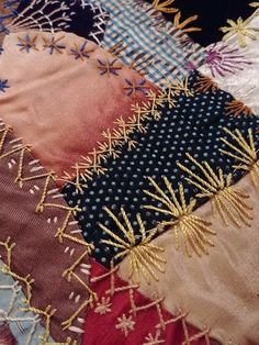Most current Free embroidery stitches crazy quilt Concepts I love a good crazy quilt! Crazy Quilt Stitches, Crazy Quilt Blocks, Quilt Block Patterns, Crazy Quilting, Fabric Art, Fabric Crafts, Sewing Crafts, Sewing Projects, Hand Embroidery Stitches