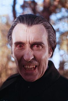 Christopher Lee as Dracula 👌 Uber cool actor and horror icon Horror Icons, Sci Fi Horror, Arte Horror, Gothic Horror, Horror Art, Real Horror, Scary Movies, Sci Fi Movies, Comedy Movies