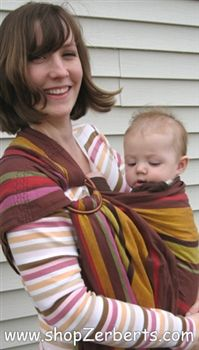Love these Hoppediz wrap conversion ring slings by Kalea Baby!  The comfort of a wrap in the convenience of a ring sling!