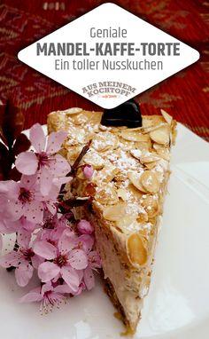 Geniale Mandel-Kaffee-Torte! Ein feiner Nusskuchen der ohne Mehl auskommt, dafür mit Amarettini. Die köstliche Füllung macht daraus eine geniale Torte! Sie werden begeistert sein. #Nusskuchen #Mandeltorte #Kaffee #Kaffeetorte #Amarettini