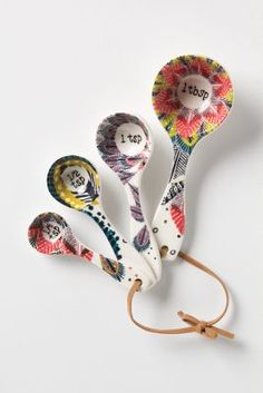 Pop-Print Measuring Spoons-- love these! perfect to start getting stuff for my own kitchen #Anthropologie #PinToWin