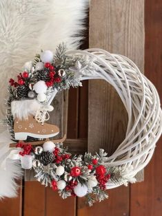 Christmas Decorations For The Home, Xmas Decorations, Holiday Decor, Wreath Crafts, Diy Wreath, Rustic Christmas, Christmas Crafts, Diy Inspiration, Handmade Home