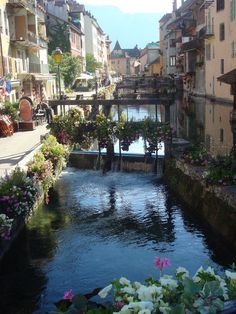Annecy, France, been there, wish i had a picture that nice thou!