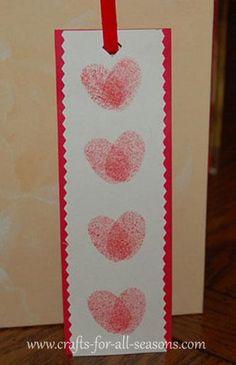 DIY Kids Crafts : DIY Thumbprint Heart Bookmark