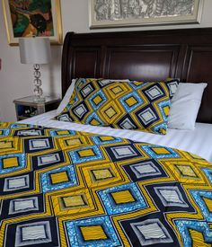 Includes a double-sided Duvet Cover and 2 Shams Snap Closure cotton Machine Washable Duvet Cover (in inches) Queen: 88 x 92 King: 90 x 104 Shams (in inches) Queen: 20 x 27 King: 20 x 37 African Interior, African Home Decor, Living Room Decor, Bedroom Decor, Master Bedroom, Bed Styling, Home Office Decor, Bedroom Colors, Bed Design