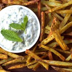 Hot Curry Fries with Vegan Cucumber Mint Raita