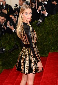 Rosie Huntington-Whiteley, Met Gala 2014