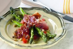 Asparagus with tomato dressing
