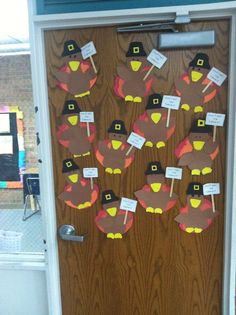 Donu0027t eat the turkey! Cute craft! & Our Thanksgiving dorm decor TURKEY DOOR :D | Ilovelife | Pinterest ... pezcame.com