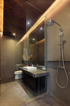 Modern Bathroom Open Shower Design Photos Bathroom Decor If you are looking for open shower ideas to do, there are several basic items that need to be considered. You will want to consider how many people ar. Modern Bathroom Decor, Modern Decor, Bathroom Interior, Small Bathroom, Bathroom Grey, Design Bathroom, Bathroom Layout, Master Bathroom, Bad Inspiration