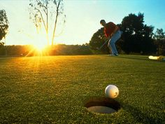 Google Image Result for http://www.ezwebrus.com/wallpapers/sport/golf_ball.jpg