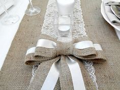 ★ (¯`v´¯) .`•.¸.•´ ★ ¸.•´.•´¨) ¸.•¨) (¸.•´(¸.•´ (¸.•¨¯`* ♥ Burlap Lace table runner is perfect for your table or rustic wedding!    Add a rustic and