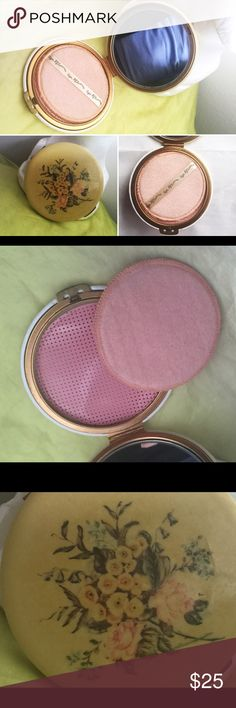 "Cool Rex Fifth Avenue Face Powder Make-up Compact Large vintage Rex Fifth Avenue face/powder compact Nice large size at just shy of 4-3/4"" size The inside has original powder puff and looks great as there is no powder inside Brass push in close/open latch (You have to push in clasp to both open and close compact) Marked Made in USA with patent number Not sure what the compact material is, perhaps a light plastic / celluloid  It looks great considering age however there is surface marks/wear…"