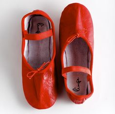 www.lingeshoes.com RED ballet shoes, RED ballet slippers, RED dance shoes.