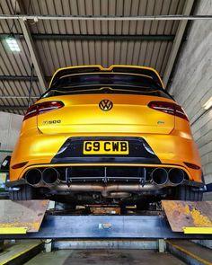 Golf Gti R32, Volkswagen Golf Mk2, Bling Car Accessories, Amg Car, Golf 7, Vw Cars, Unique Cars, Modified Cars, Bmw