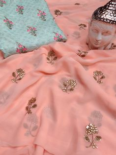 Pure georgette sarees with awsome blouse . These sarees designed with beautiful georgette fabric with stones work with designer printed blouse. Peach Color Saree, Peach Color Dress, Peach Saree, Green Saree, Peach Colour Combinations, Colour Combo, Sari Blouse Designs, Blouse Patterns, Kids Dress Collection