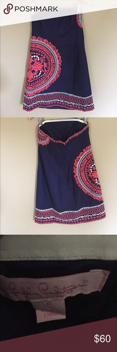Lilly Pulitzer Strapless dress with embroidery. Lilly Pulitzer Navy Strapless dress with coral and white embroidery. Worn once or twice! it great condition. Size 4. Lilly Pulitzer Dresses Strapless