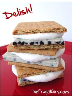 Cookies n Cream Smores Recipe... We will have to try this camping in a few weeks :)