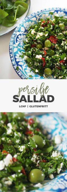 Recept: Persiljesallad med tomat, oliver och fetaost. Lchf / Glutenfritt