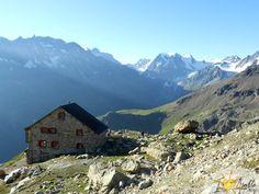 Cabane des Aiguilles Rouges Points, Mount Everest, Images, Mountains, Nature, Travel, Cabins, Ride Or Die, Naturaleza