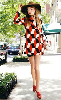 """In Love With the City"" : Karlie Kloss : Vogue Japan September 2011 : Arthur Elgort Seventies Fashion, 70s Fashion, Fashion Prints, Fashion Models, High Fashion, Vintage Fashion, 60s Inspired Fashion, Street Fashion, Arthur Elgort"