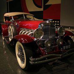 Cars We Love: 1935 Duesenberg Model J Dual Cowl Phaeton Auto Retro, Retro Cars, Vintage Cars, Duesenberg Car, Classy Cars, Classic Motors, Unique Cars, Hot Cars, Exotic Cars