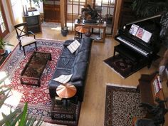 Wanted to show you how persian rugs and leather sofas work in all different settings