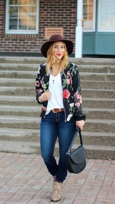 Finding the Perfect Pair of Jeans at Jean Machine - Floral Bomber Jacket, Skinny Guess Curvy Fit Jeans, and a floppy hat - Easy fall weekend outfit