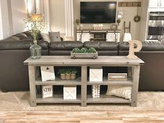 Home Renovation Living Room 36 Popular Farmhouse Sofa Table Design Ideas For Your Living Room Decor New Living Room, My New Room, Home And Living, Modern Living, Small Living, Living Room Sectional, Modern Tv, Living Room Set Ups, Spare Living Room Ideas