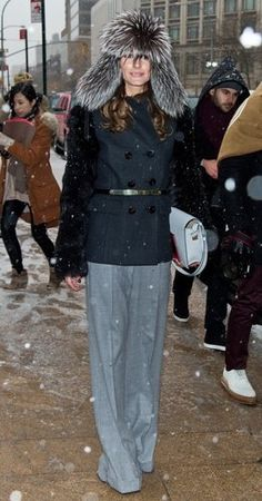 Olivia Palermo fur hat #streetstylebijoux, #streetsyle, #bijoux