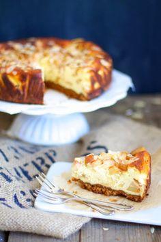 Lykkelig - mein Foodblog: Köstlicher Bratapfel-Käsekuchen. Oder: Weihnachtsmarkt trifft Sommerwiese.